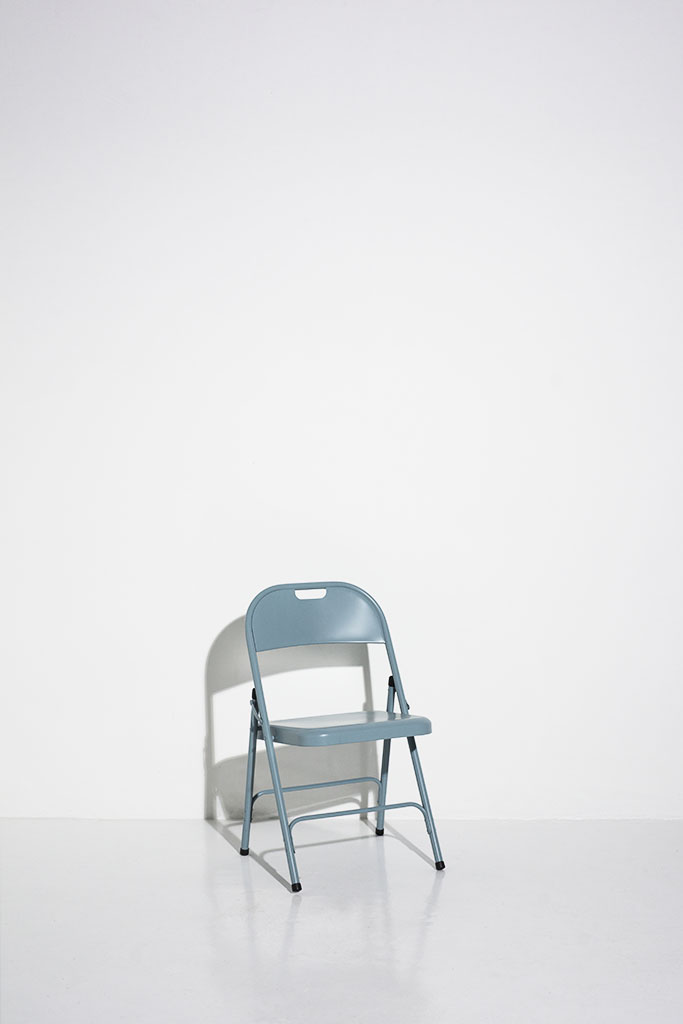 london photography studio prop blue metal chair